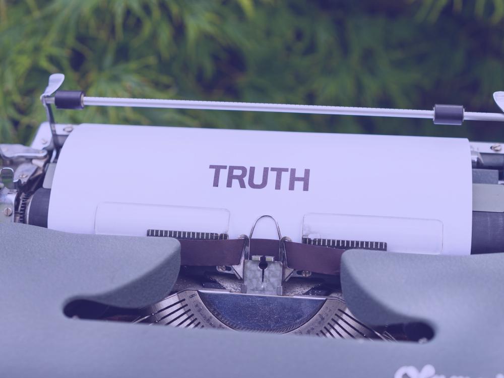 6 Lies Your English Teacher Told You