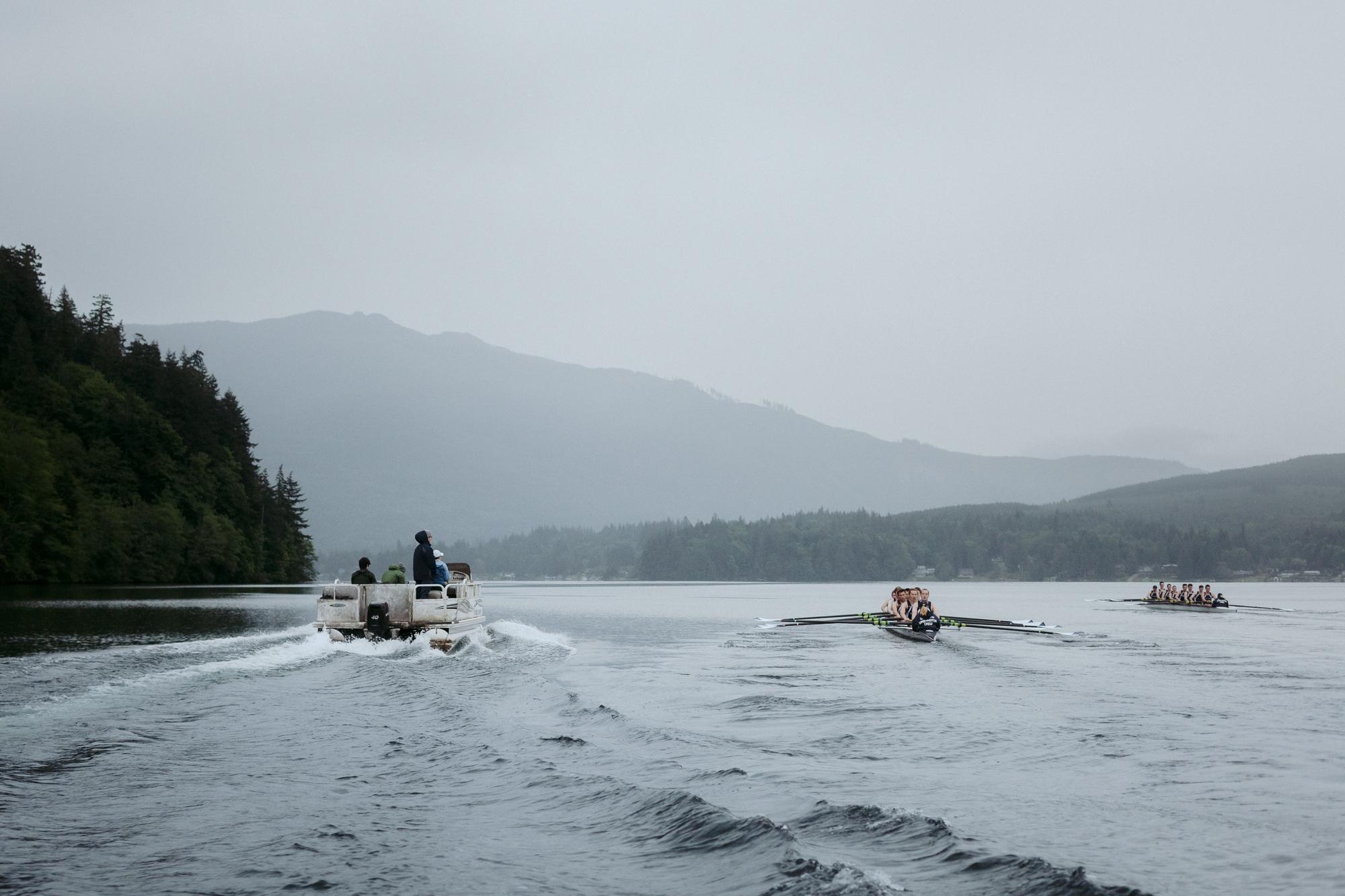 WWU mens rowing on lake whatcom