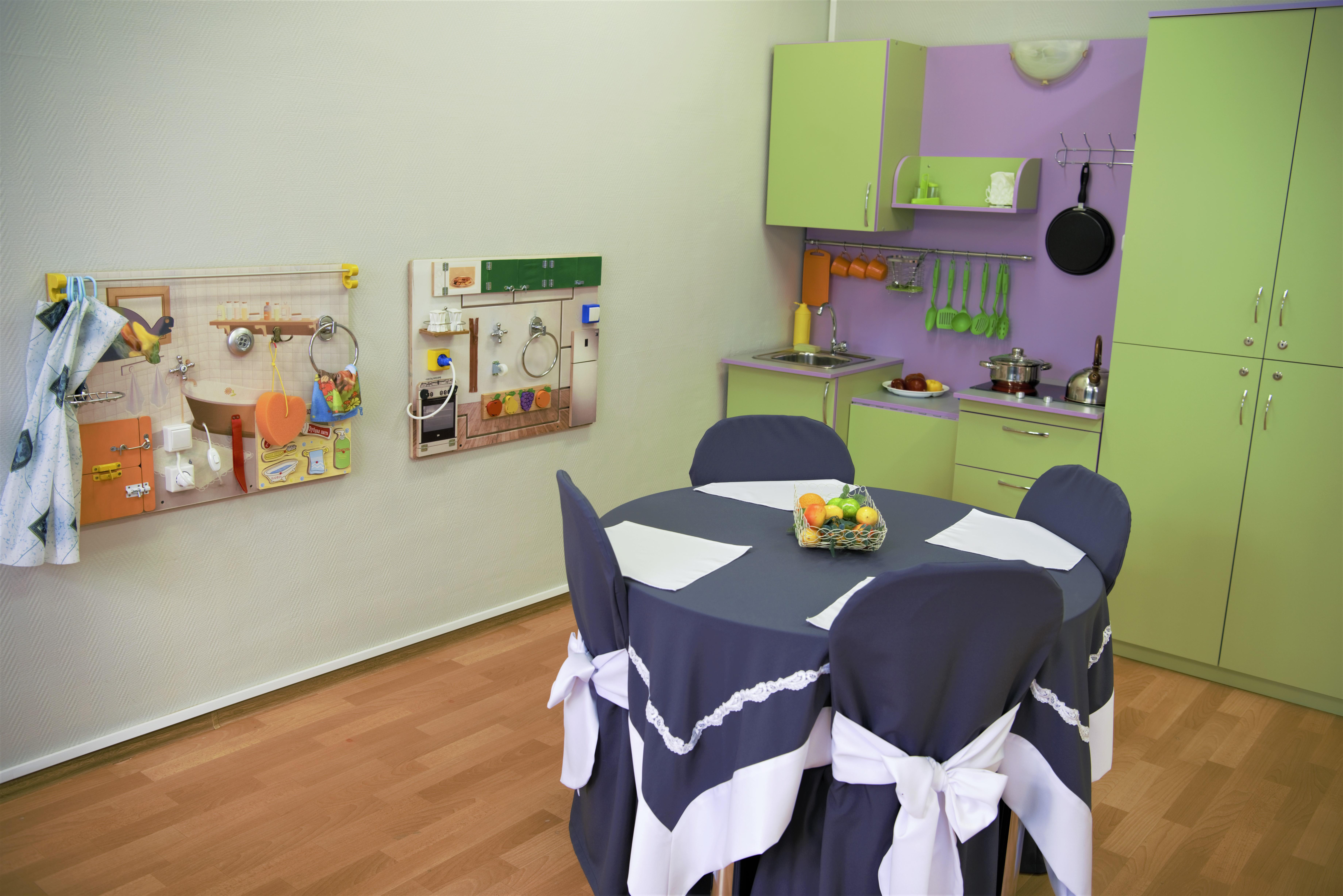 Бизиборды и игровой-обучающий модуль Кухня