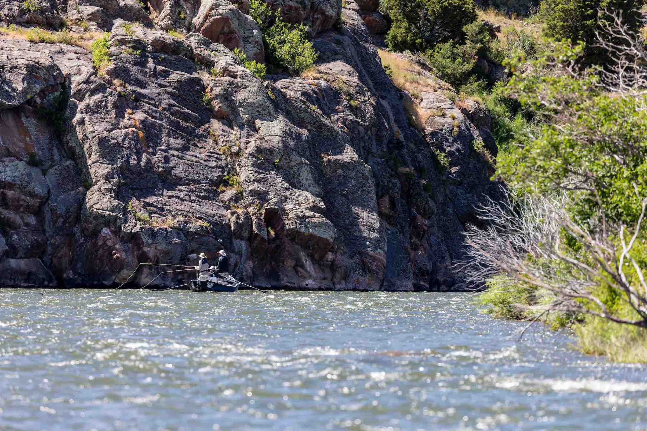 drift boat fly fishing on the madison river
