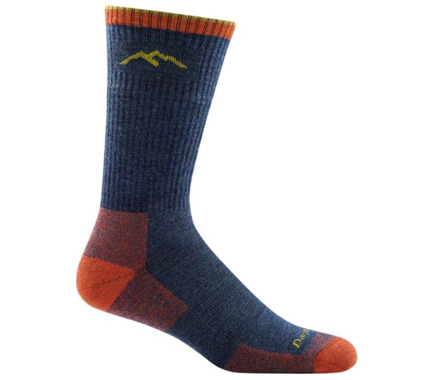 dağcılıkta giyim çoraplar