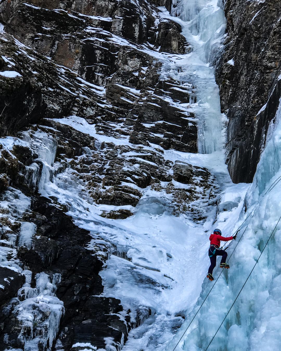 Erzurum Uzundere Lucifer Şelalesi buz tırmanışı