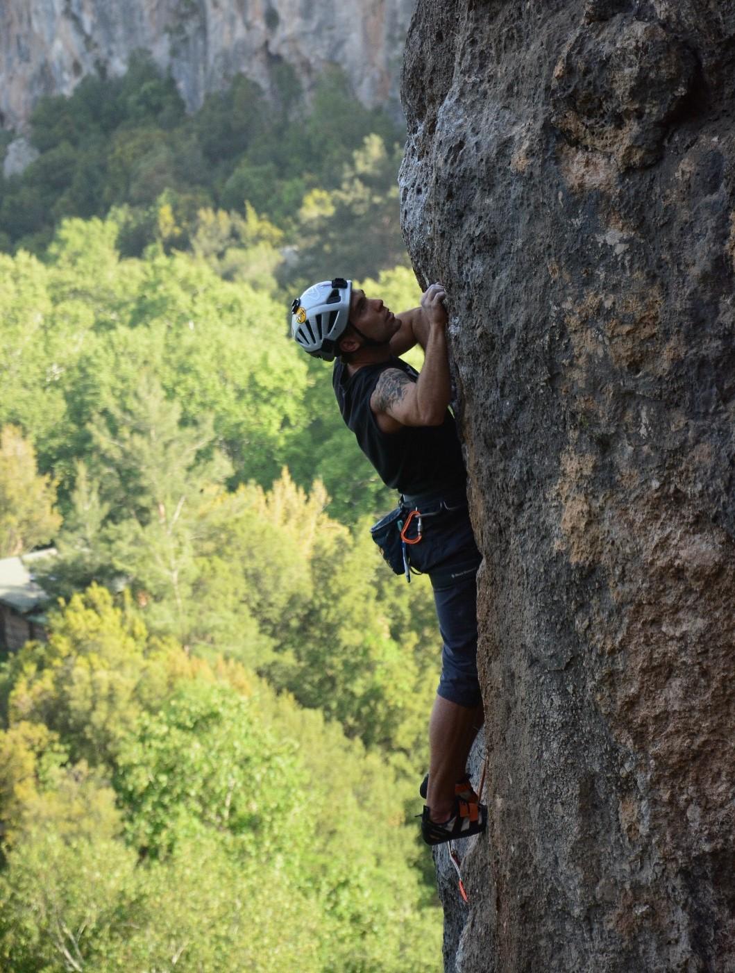 batuhan atılgan antalya geyikbayırı kaya tırmanışı
