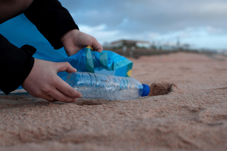 plastik pet şişe çöp