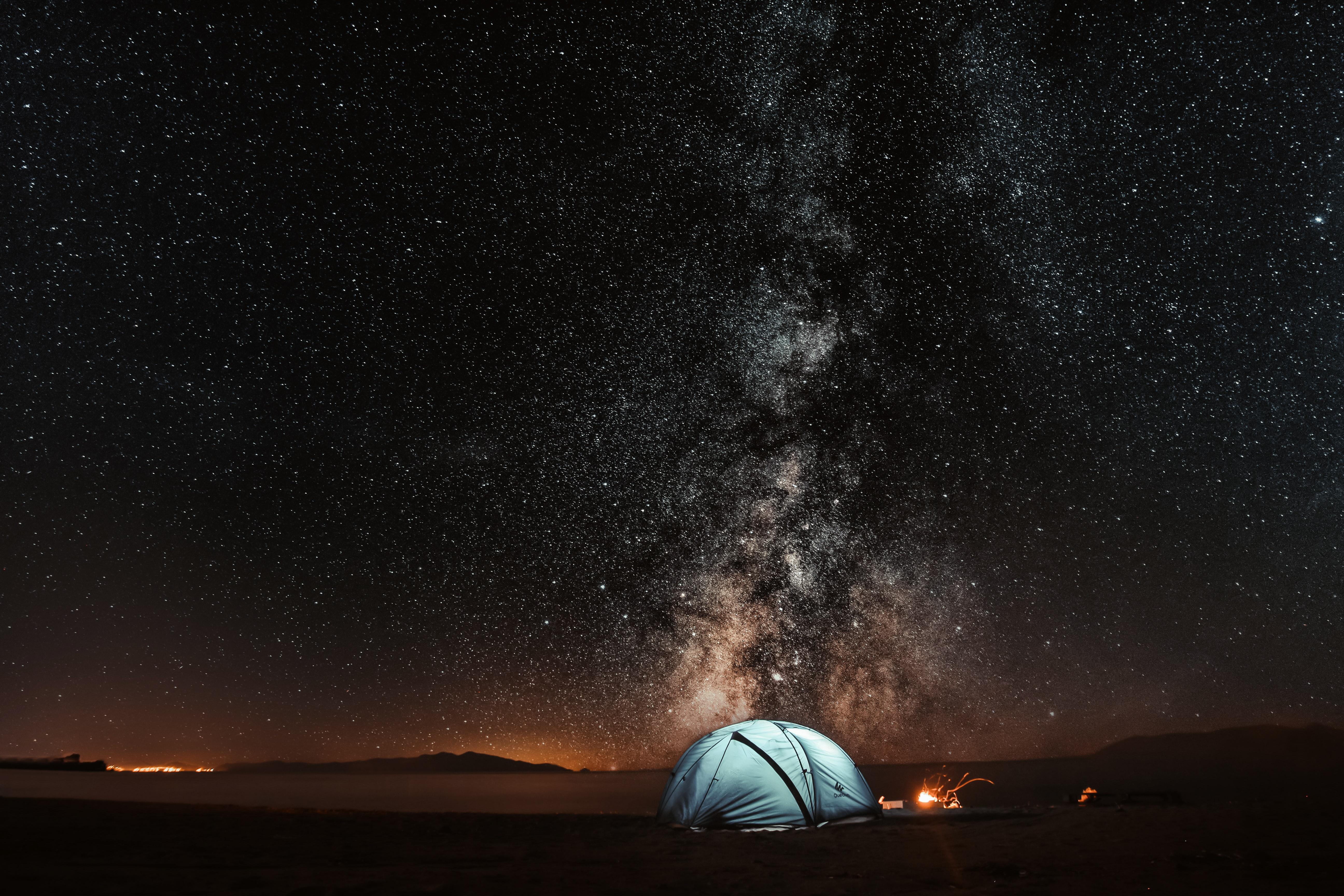 çadır doğa kamp samanyolu gece yıldızlar
