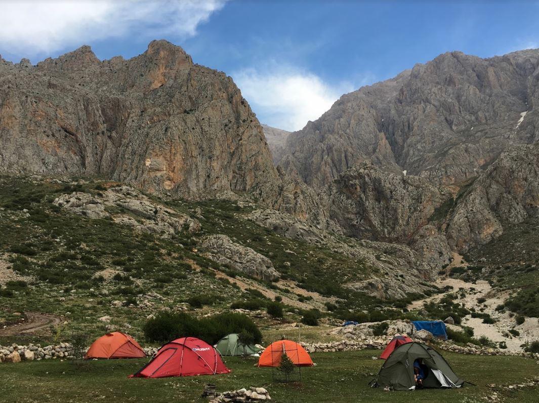 sokullupınar kamp alanı aladağlar