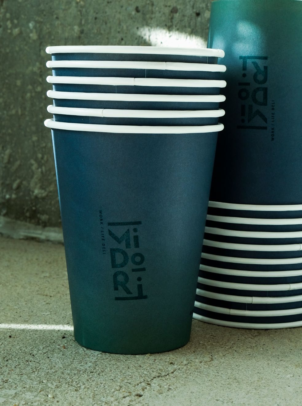 A picture of take-away coffecups
