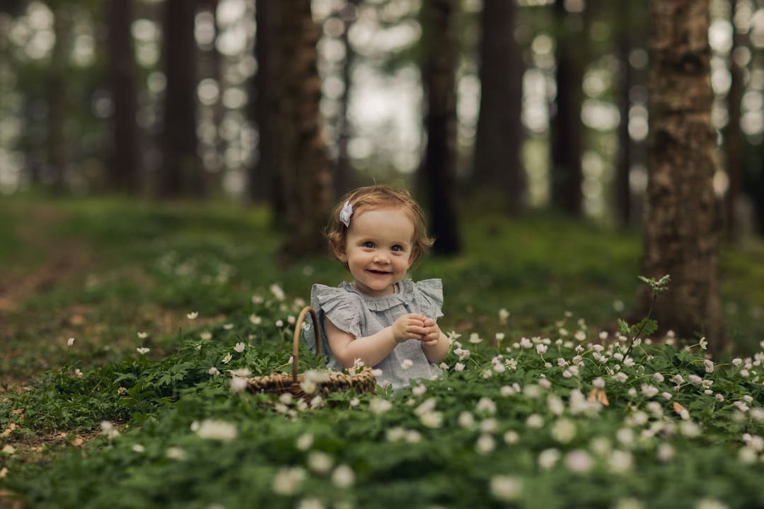 Barnefotografering - Natur, natur, lys, hvitveis - Fotograf Ida Hvattum