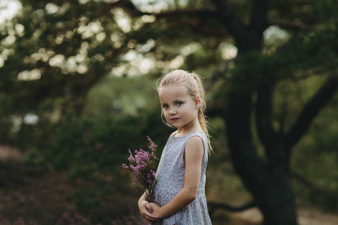 Barnefotografering - Natur, natur, lys, lyng - Fotograf Ida Hvattum