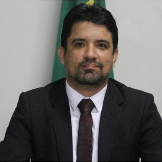 Foto do embaixador Rafael Sodré
