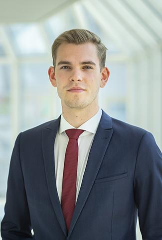 Niklas Ast