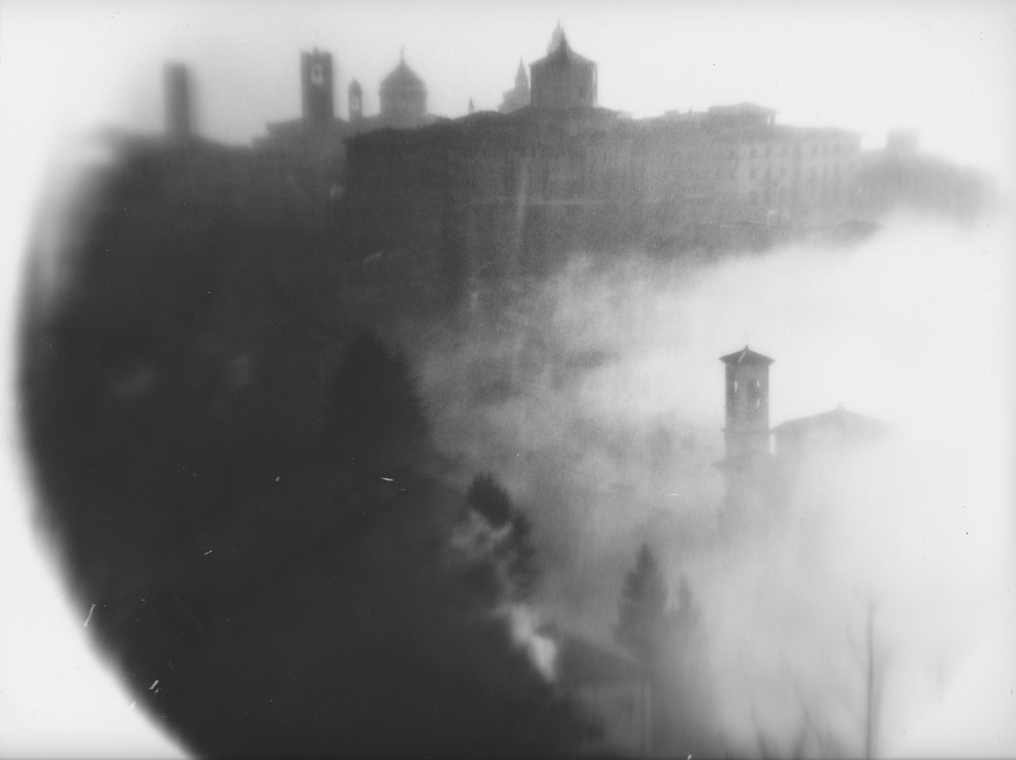 © Claudia Roffeni (Bergamo, Italy)   Raising fog