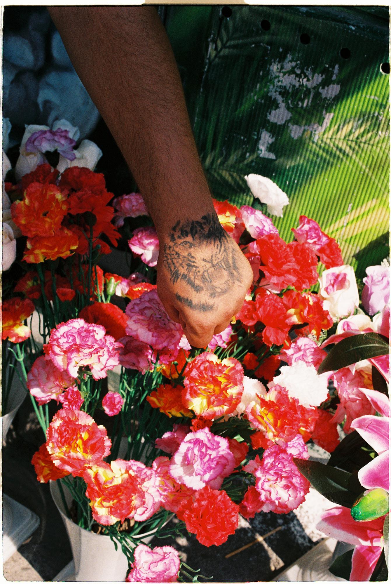 © Denise Lobont (Bucharest, Romania) @denise.lobont   Flower Sellers