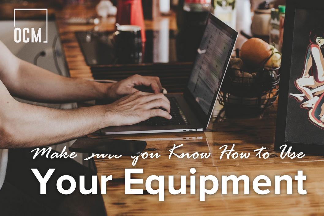 men typing on laptop