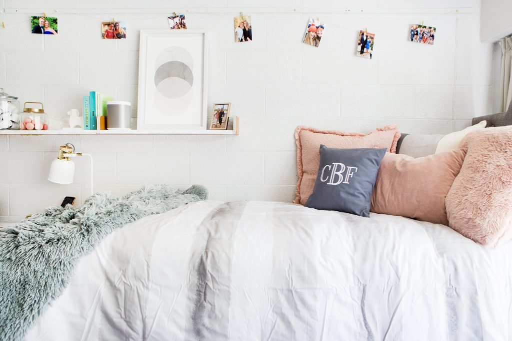 Cute Bedding Ideas For Your Dorm Room We Re Obsessed With In 2020