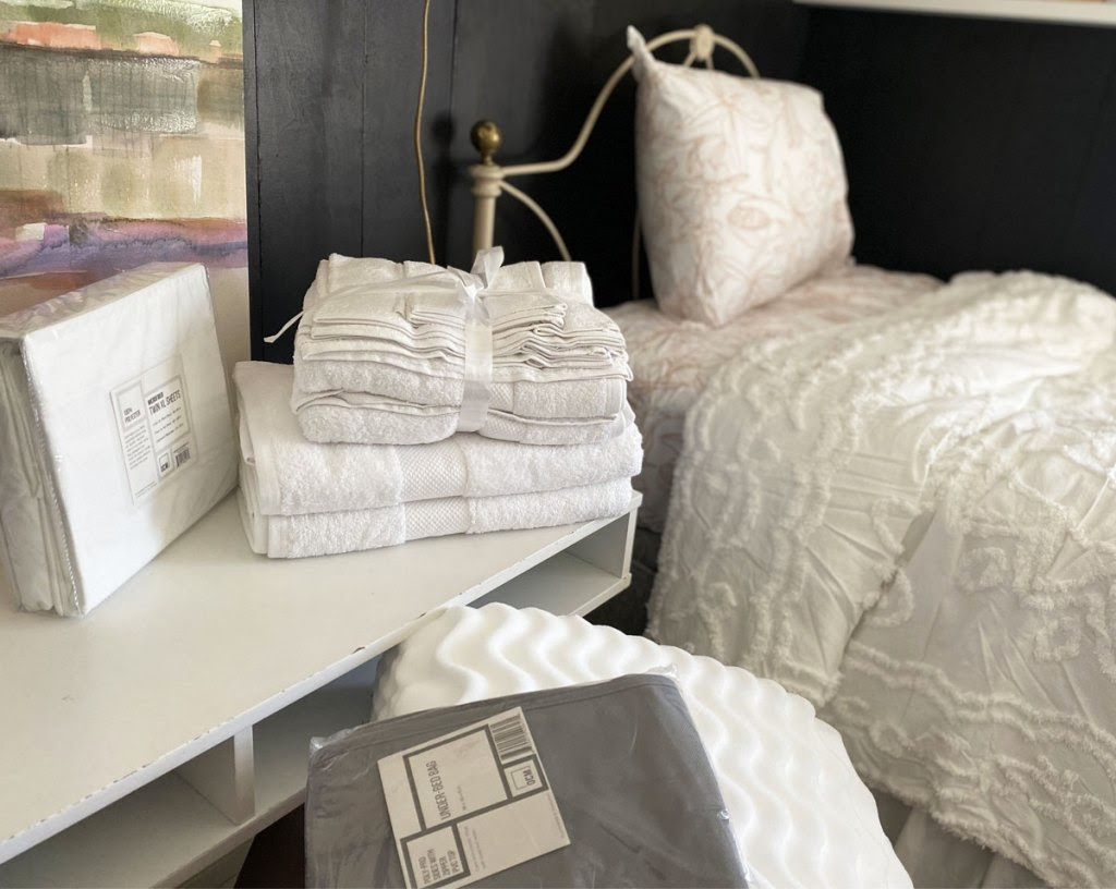 matching bedding and bath set in bedroom