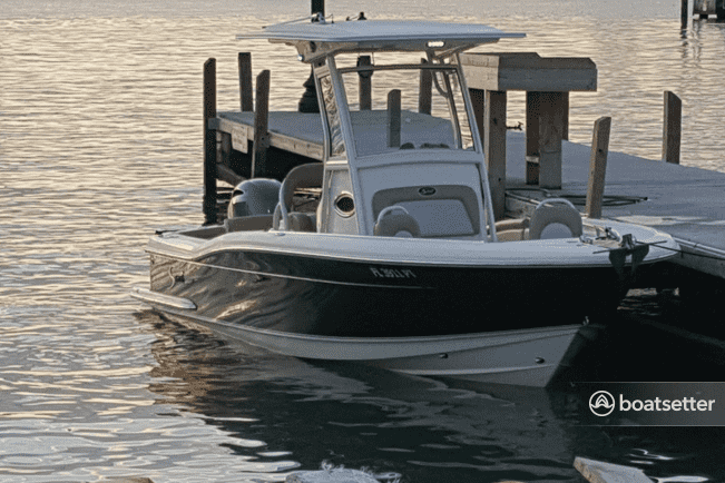price to rent a boat in miami