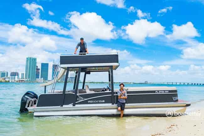 booze cruise boat hire