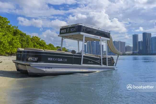 luxury boat rentals south beach miami