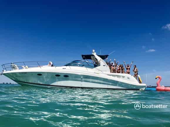 party yacht hire miami beach