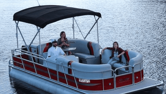 lease a pontoon in Florida