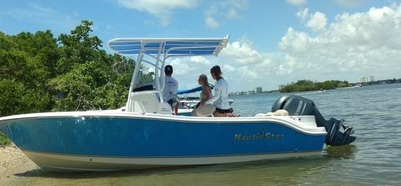 yacht club boat rental