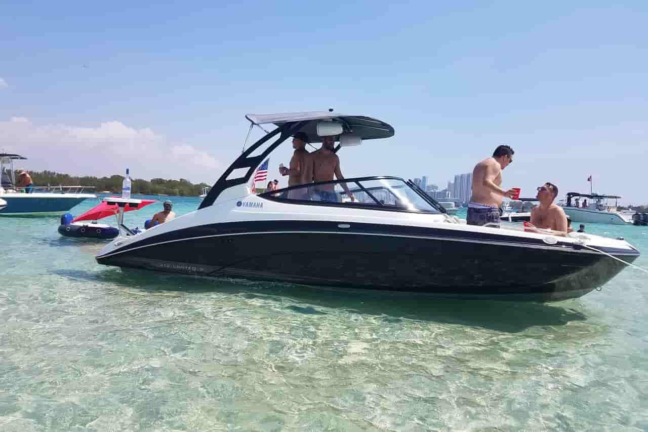 small motorboat Miami Beach