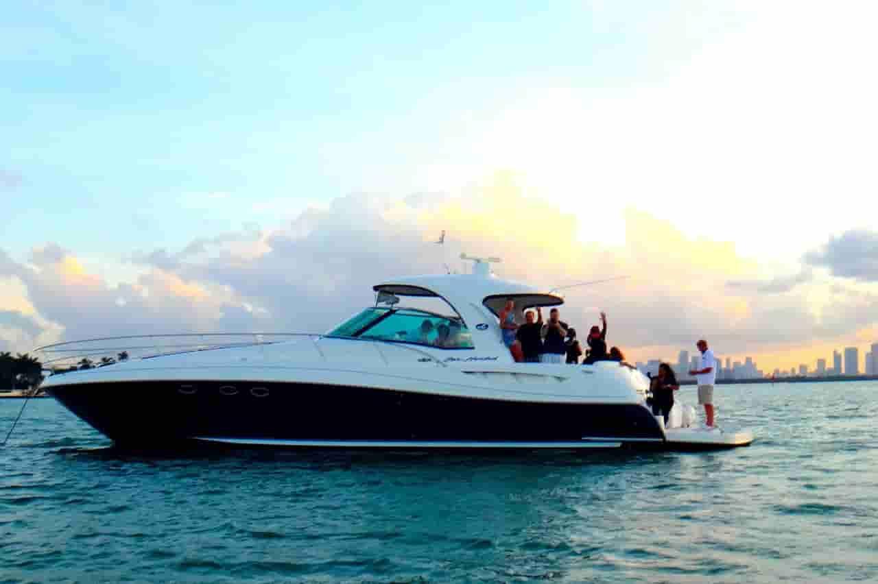 Motorboat Miami Beach 5