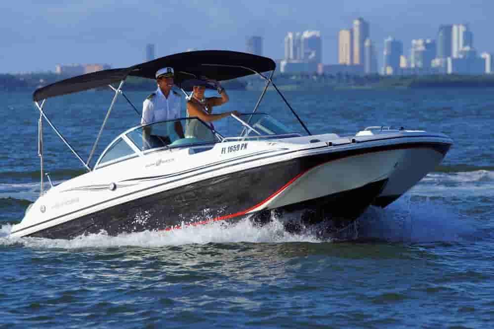 Motorboat Miami Beach