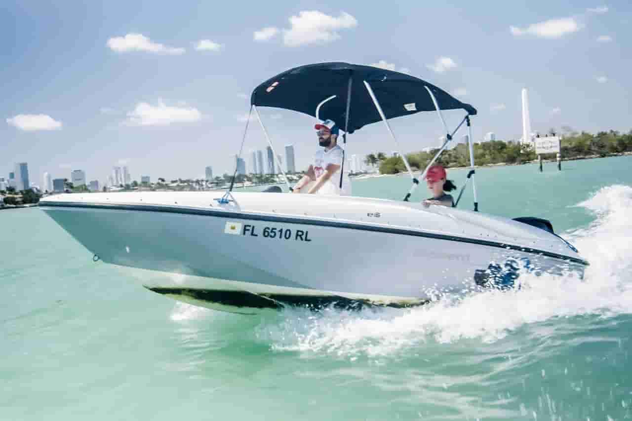 Motorboat Sunny Isles Beach