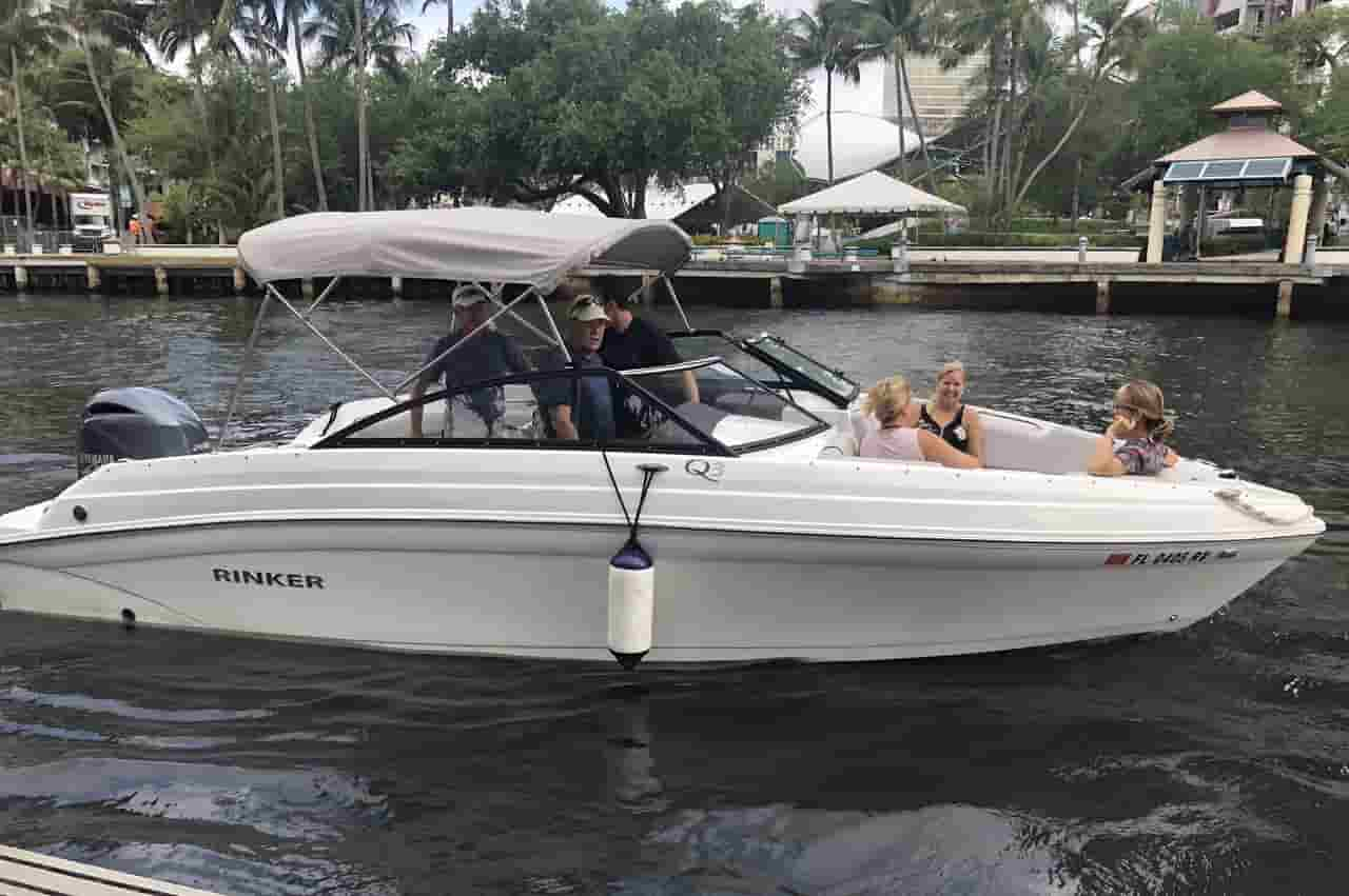 Motorboat for watersports Fort Lauderdale