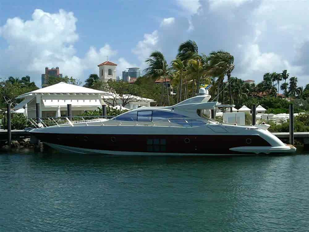 Yacht with cabins Fort Lauderdale