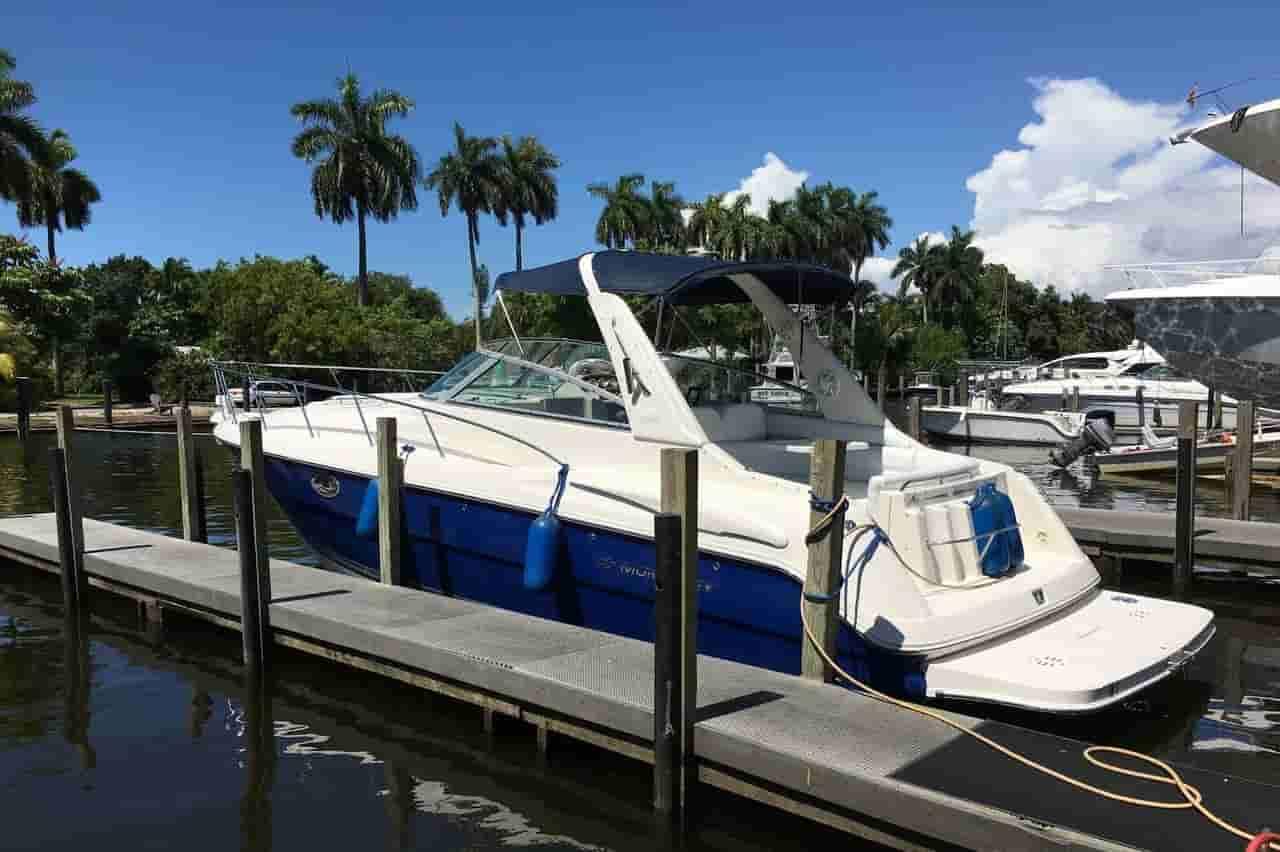 Speed Boat Sunny Isles Beach