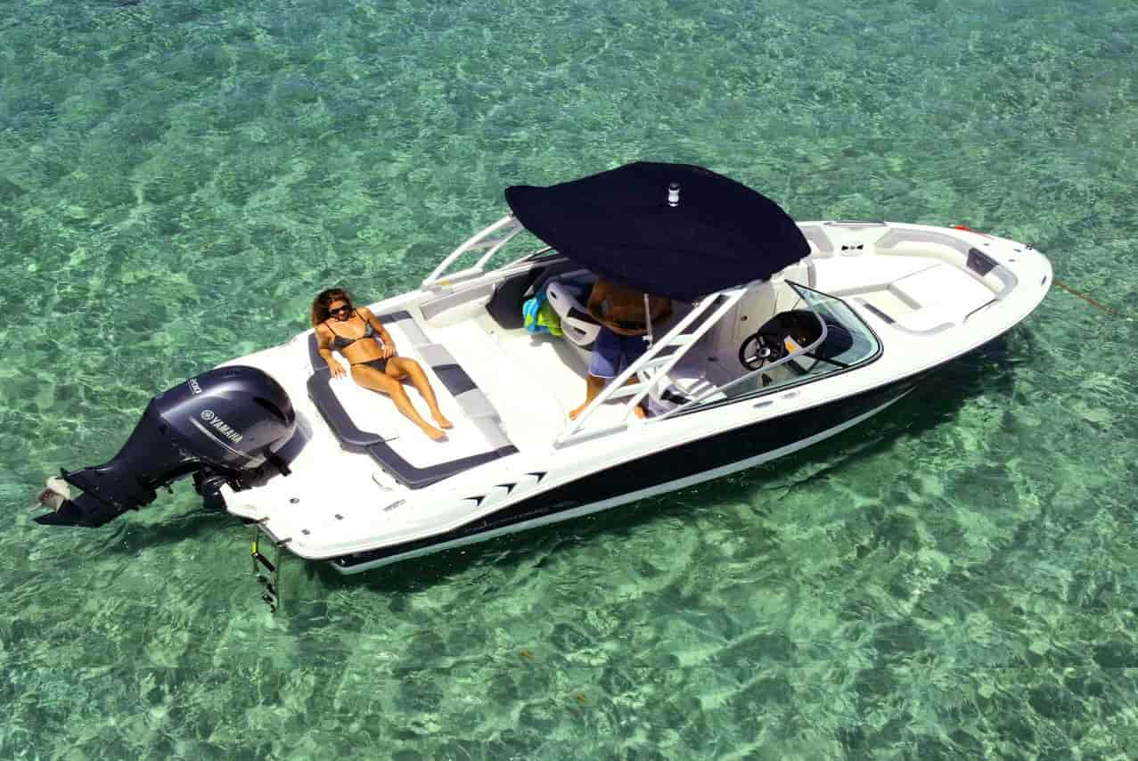 Motorboat for watersports North Miami Beach