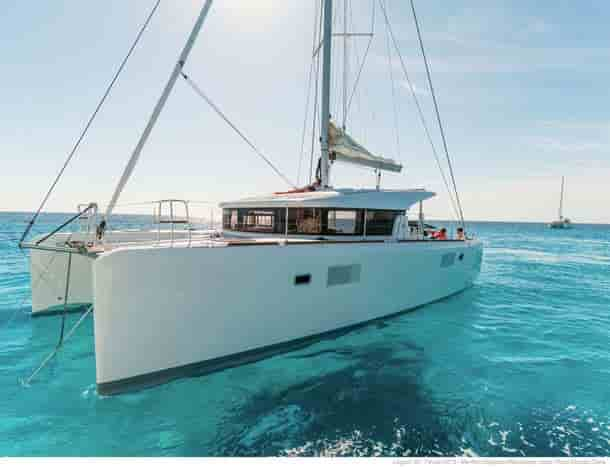 Catamaran Coral Gables 1