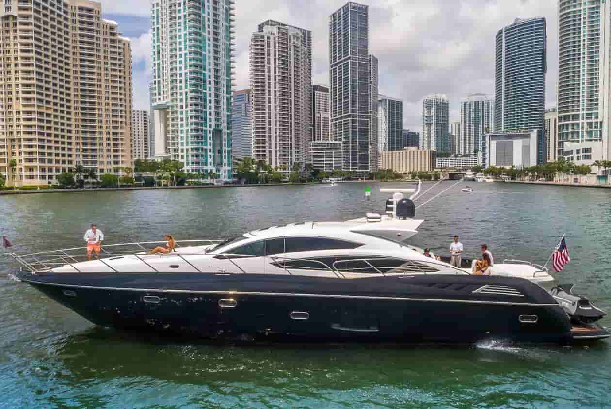 Yacht Coral Gables 2