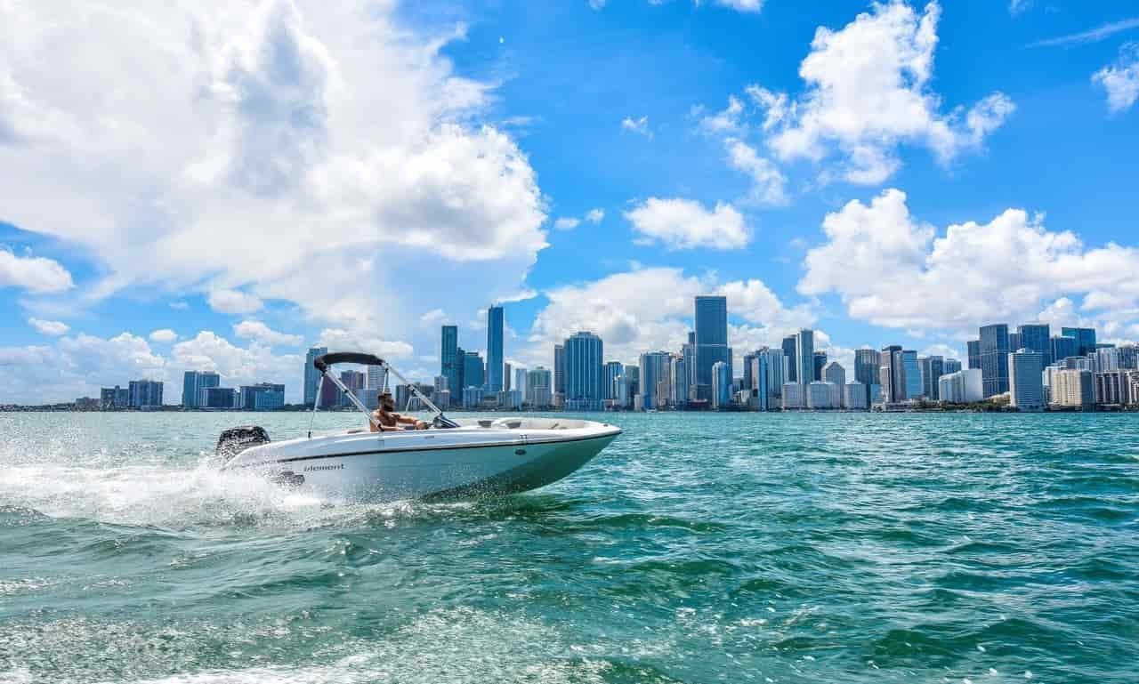 Small motorboat miami