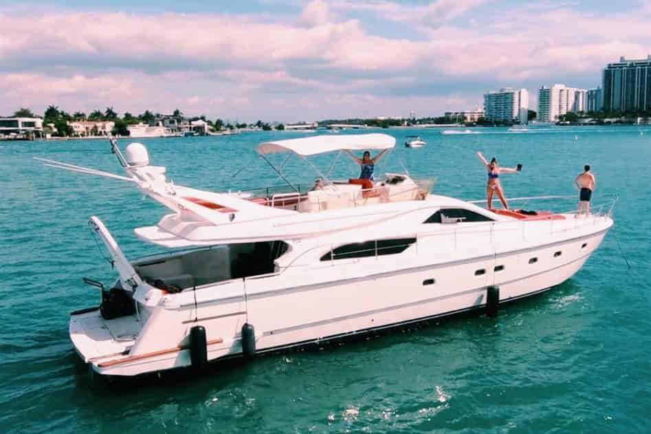 Yacht Miami 3