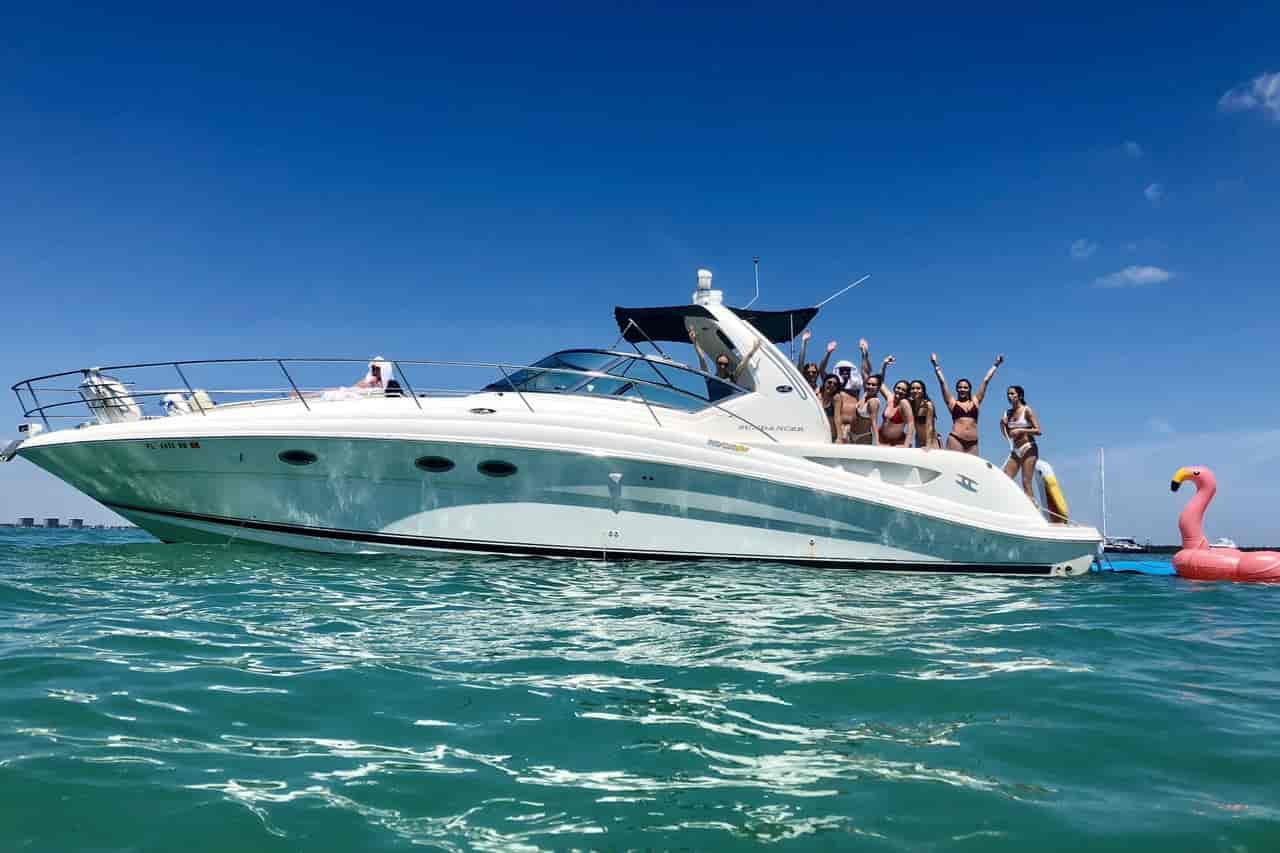 Yacht Miami 8