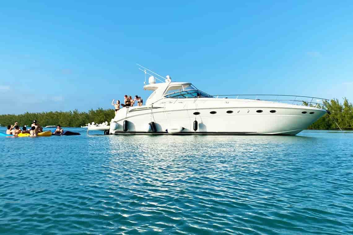 Yacht Miami 11