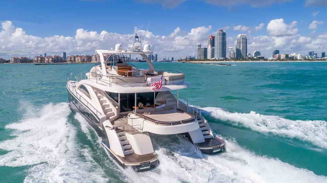 Super Yacht Miami 1