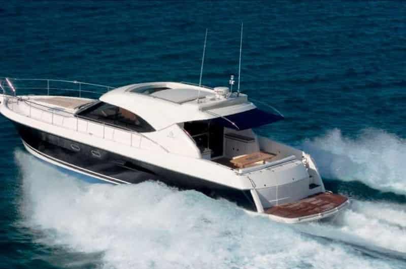 Yacht Sydney 4