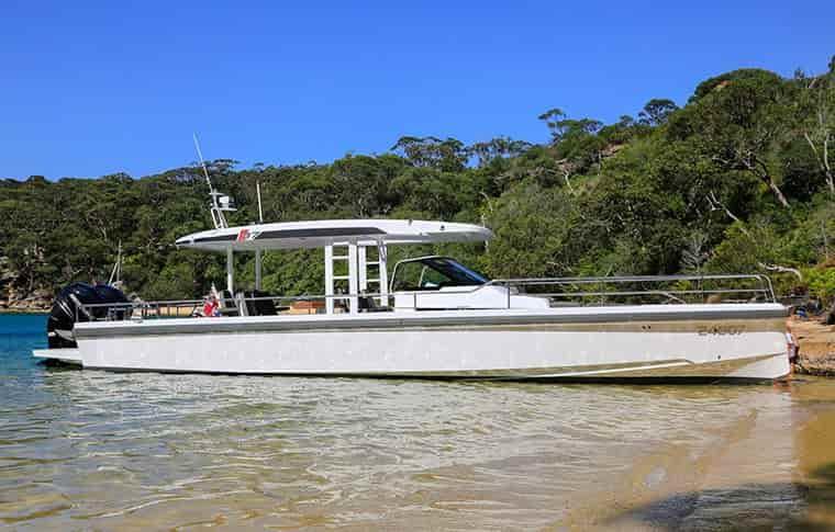 Motorboat Sydney 3