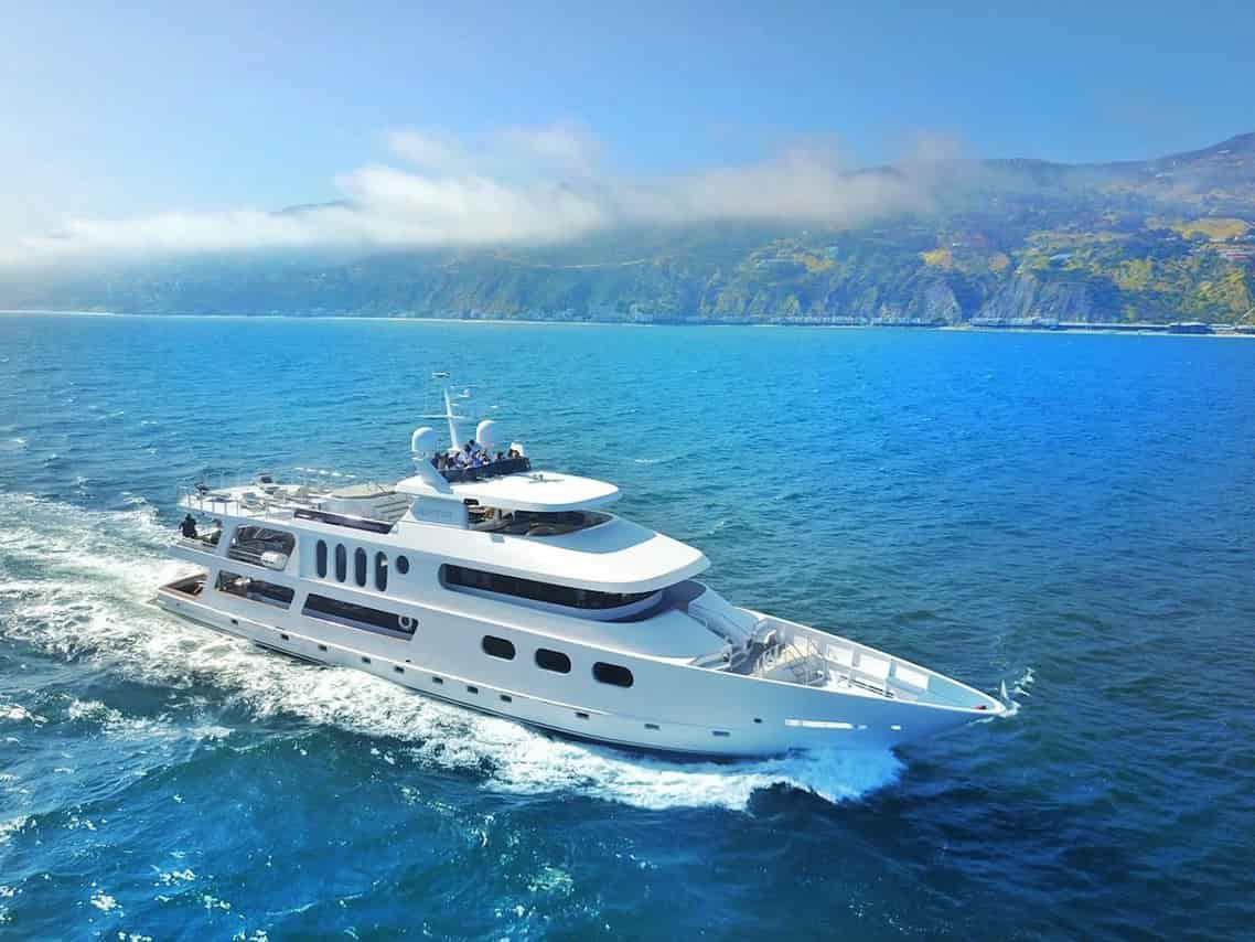 Luxury Yacht Long Beach