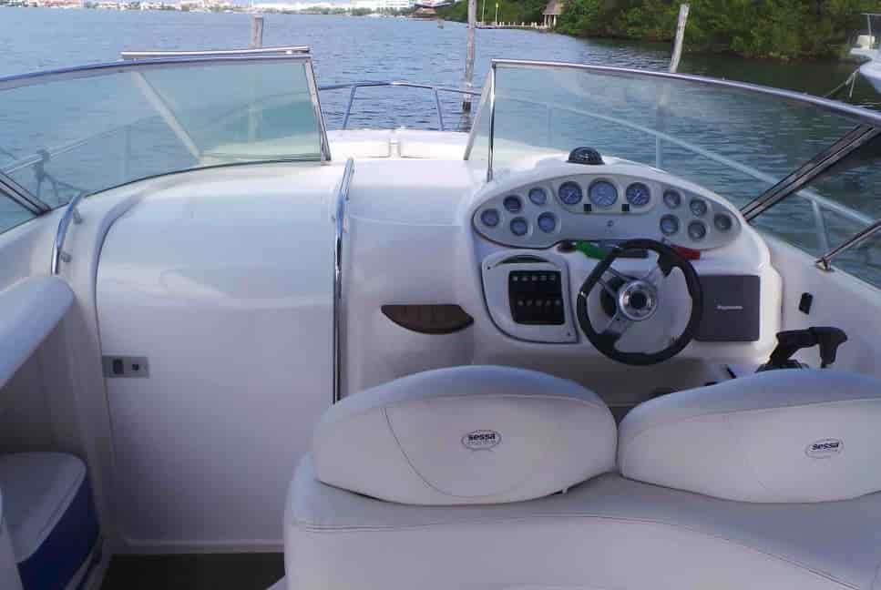Motorboat Cancun