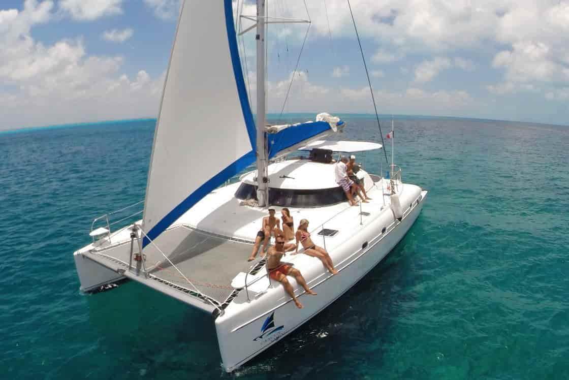 Catamaran Cancun 3
