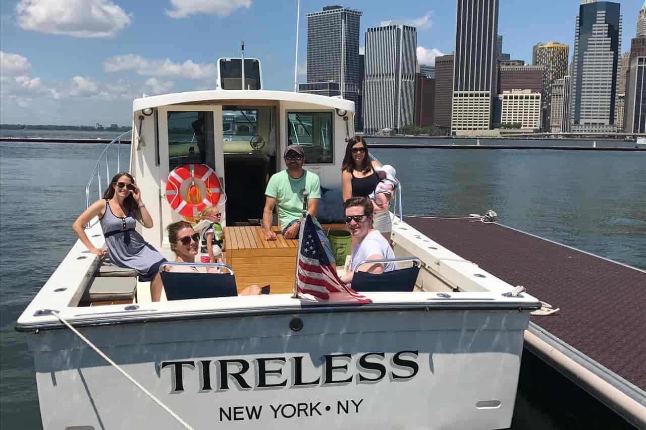 Motorboat New York 4