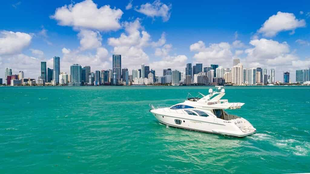 luxury boat rentals miami bay florida