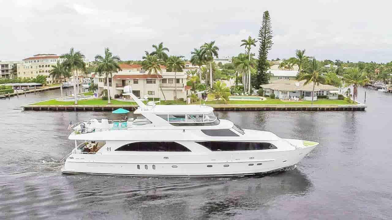 Super yacht British Virgin Islands 8