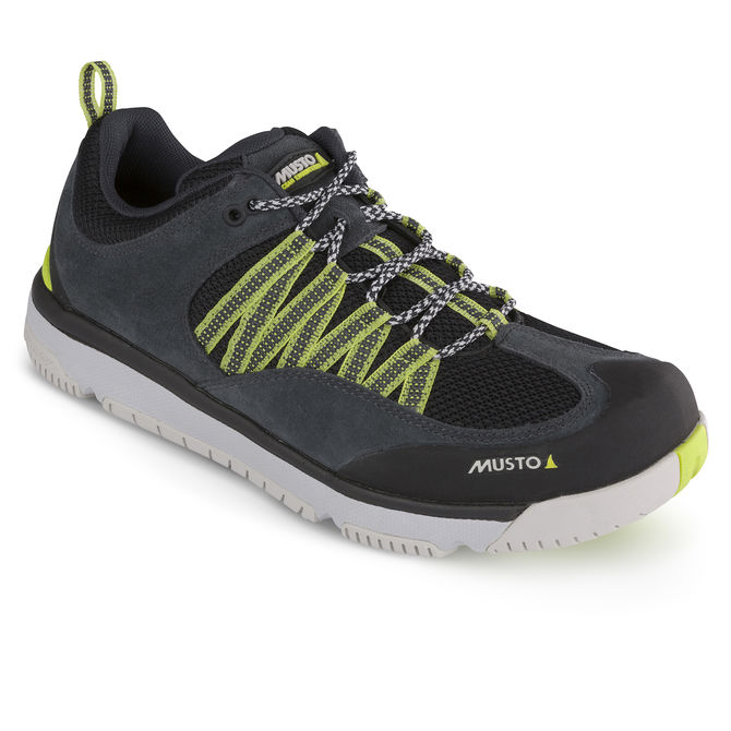 musto shoes